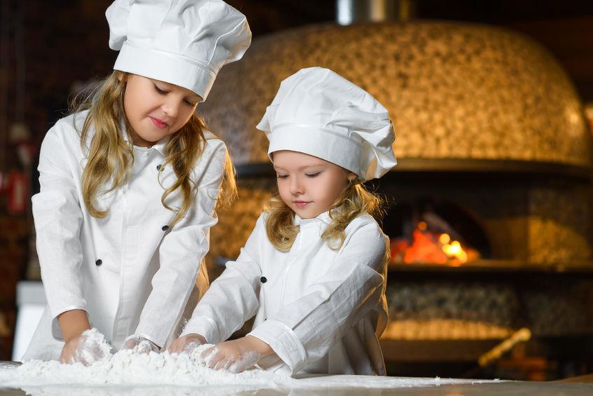 Kinder sind die Bäcker